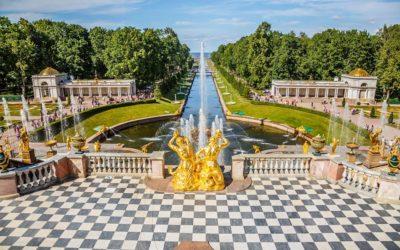 Da Parigi a Caserta  passando da Windsor e arrivando a San Pietroburgo:  uno stile tutto Francese