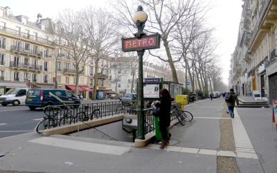 Metro no-stop a Parigi