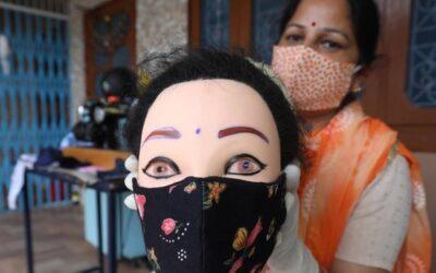 """UNA COVISORPRESA – Sul mercato bengalese piovono lavatrici e si moltiplicano come il virus. """"Covid che viene, lavatrice che va"""""""